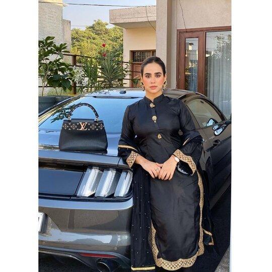 Sunanda Sharma Mustang